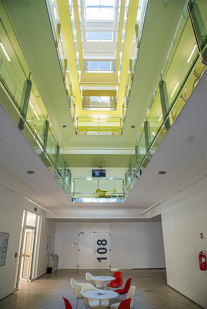 Interiér budovy Fakulty humanitních studií UTB ve Zlíně
